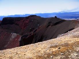 brzegiem Czerwonego Krateru