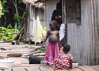 dzieci w Nzulezo