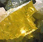 Żółty pył, piekielna woń
