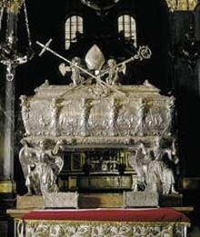 Relikwiarz św. Stanisława w katedrze na Wawelu