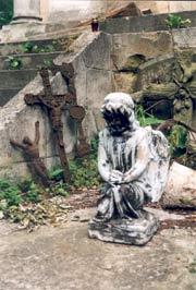 figura anioła na cmentarzu Łyczakowskim, fot. autora