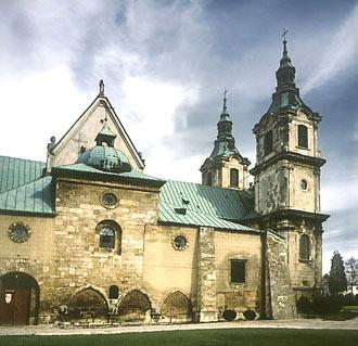 klasztor w Jędrzejowie, fot. A.K. Pęczalscy